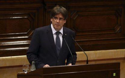 Puigdemont convocará un referéndum de autodeterminación de Cataluña con o sin el aval del Estado en septiembre 2017
