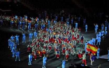 4 horas de ceremonia de inauguración de Juegos Paralímpicos en estadio de Maracaná, Río (Brasil)