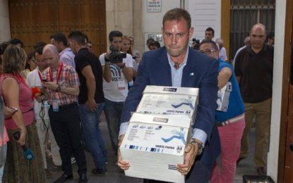 79.839 militantes del PSOE exigen un congreso y primarias para elegir al nuevo líder del PSOE