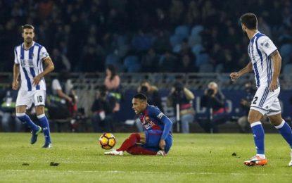 Al FC Barcelona se complica la vida, recibe una lección de futbol y sale con un triste puntito