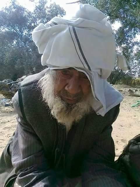 El religioso sufí Sheikh Sulaiman Abu Haraz, previamente secuestrado a punta de pistola en la ciudad de El Arish, antes del secuestro. Foto Al Arabia. Lasvocesdelpueblo