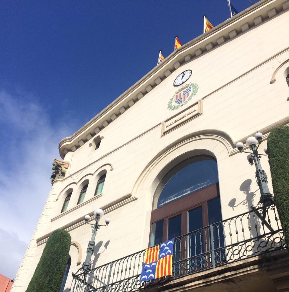 El secesionismo del ayuntamiento de badalona muestra su - Ciudad de berga ...