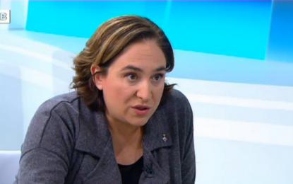 """Ada Colau amenaza con """"ir a una moción de confianza"""" y """"elecciones"""" si hay bloqueo de sus presupuestos"""