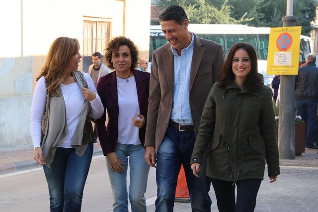 Llegada de los Populares hoy en la ciudad catalana donde nació la ministra, Sadurní de Noya (Barcelona). lasvocesdelpueblo