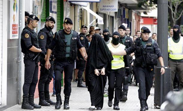 """Lanzan una petición para """"expulsión de los musulmanes con antecedentes penales"""" en España"""