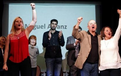500 militantes madrileños del PSOE exigen la convocatoria inmediata de primarias y congreso