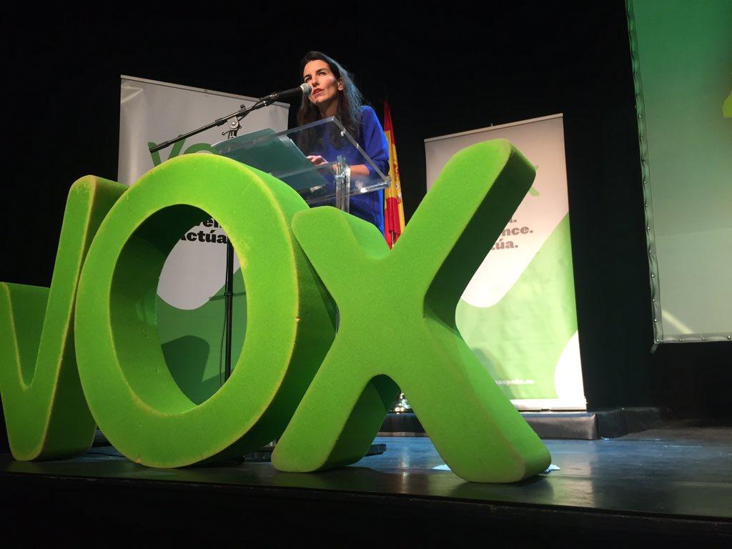Teatro La Latina de Madrid (España), sábado 21 de enero de 2017. III aniversario de VOX. La presidenta de VOX en Madrid, Rocio Monasterio, hoy durante su intervención. la dirigente verde ha defendido la Unidad Nacional de España y un proyecto identitario de VOX. Lasvocesdelpueblo