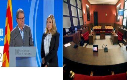 El golpista Artur Mas se siente hoy en el banquillo, la Fiscalía pide 10 años de inhabilitación
