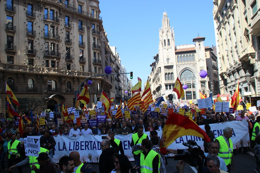 """Piden ante el Tribunal de Cuentas que Artur Mas """"devuelva"""" gastos del golpe 9N"""