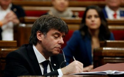 """Puigdemont pide """"sensibilidad"""" para su conferencia separatista en el corazón de España (Senado)"""