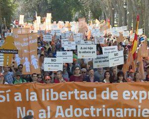 El Gobierno de Sánchez quita la subvención a plataforma «Hazte Oír» por cristiana y católica