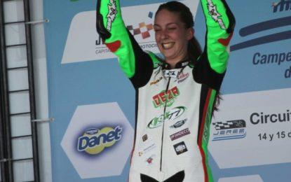 """Andrea Sibaja, la primera andaluza en un Mundial de Motociclismo: """"Estoy emocionada"""""""