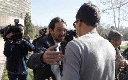 """Pablo Iglesias dice que """"hoy por hoy, el PSOE"""" es complice de las """"tramas"""" del PP, """"ojalá esto cambie"""""""