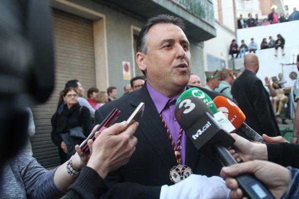 """Presidente de NOSOTROS: """"Los Mozos de Escuadra"""" eliminan el """"español de su página web"""""""