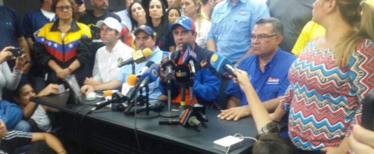 La oposición convoca otra marcha en defensa de la Constitución el 22 de Abril en Venezuela