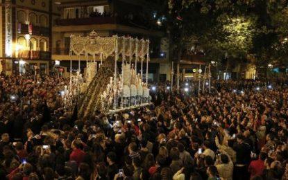 Al menos 3 detenidos por desórdenes en la Madrugá de la Semana Santa 2017 de Sevilla