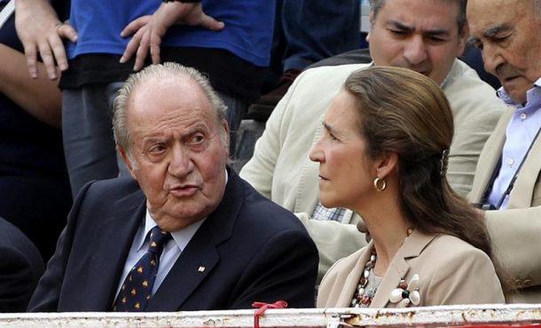 El rey Juan Carlos asiste a la corrida del día de San Isidro en Las Ventas