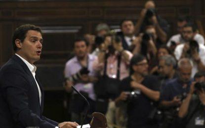 """Rivera (Cs), a por todas, contra """"demoliciones Iglesias"""" y le culpa de que Rajoy sea presidente"""
