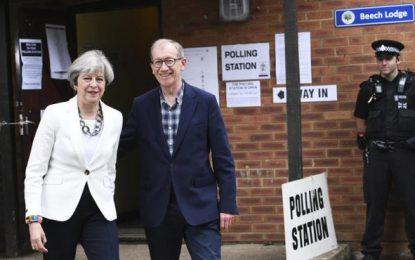 """(Elecciones Reino Unido): May defiende la """"estabilidad"""" de un Reino Unido liderado por su partido"""