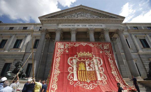 El PP pide parar el Senado ycentrar todo en el debate del Artículo 155 en Cataluña