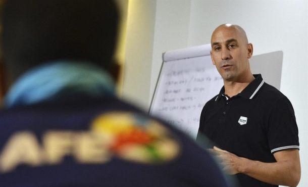 """Rubiales (AFE): """"Debemos proteger de las mafias que se incrustan en el deporte"""""""