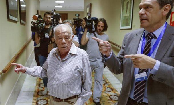 """Ex tesorero del PP: """"A veces ibas al mitin y te daban un talón, se lo daban a Fraga"""""""
