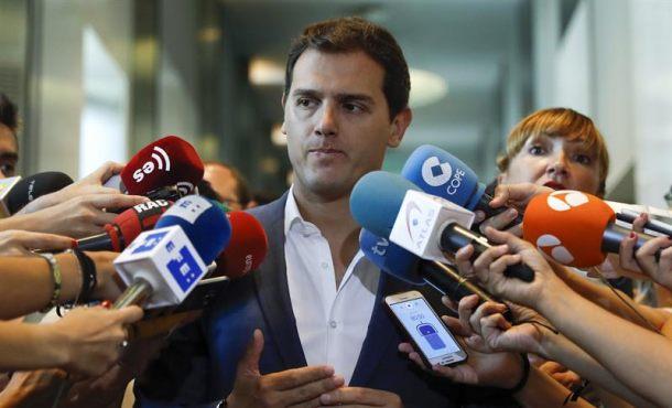 Rivera: Ciudadanos Cs no apoyará que Rajoy comparezca en Pleno