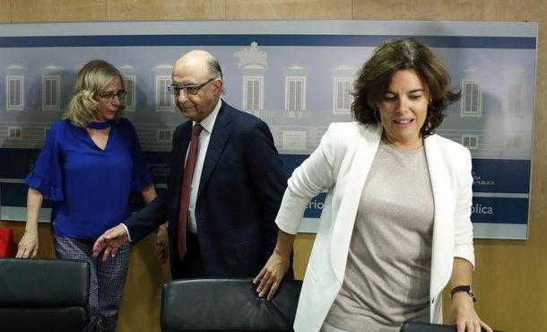 El Gobierno pagará las nóminas a los funcionarios catalanes en Cataluña la próxima semana