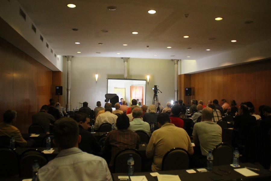 """Jesús Laínz presenta """"Cataluña, fortaleza del proteccionismo español"""" en IV Congreso de Somatemps"""