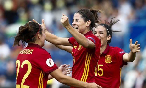 La selección española se estrena en la Eurocopa con una cómoda victoria ante la de Portugal