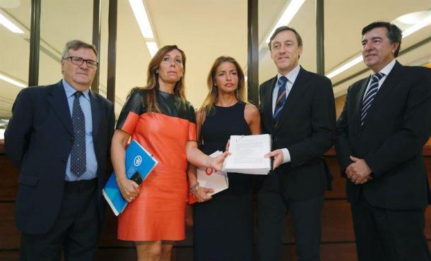 """PP: Rajoy intervendrá en Cataluña y todos """"lo que haga falta"""" para evitar el 1-O"""