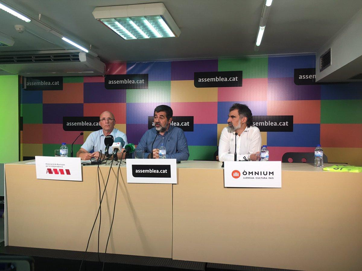 """El separatismo llama a movilización el 11-S para que el referéndum del 1-O """"no llegue cojo"""""""