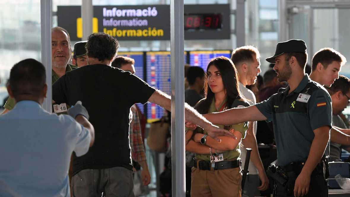 La presencia de la Guardia Civil en Cataluña reduce las colas en Aeropuerto 'El Prado'