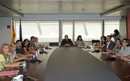 4 jornadas de huelgaen Aeropuerto de Barcelona (Cataluña) con largas colas y sin acuerdo