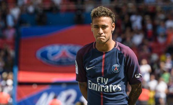 Un rabioso FC Barsa se niega a entregar el certificado para que Neymar pueda jugar con PSG
