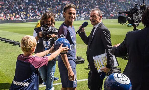 El PSG tras el fichaje de Neymar por 220 millones € quiere a Kilyan Mbappé por 180 millones €