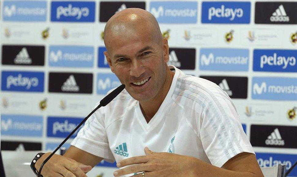 """Zidane confirma su renovación: """"Estoy muy contento por esta confianza"""""""