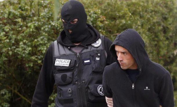 El líder de ETA, Mikel Irastorza, en libertad condicional en Fleury-Merogis (Francia)