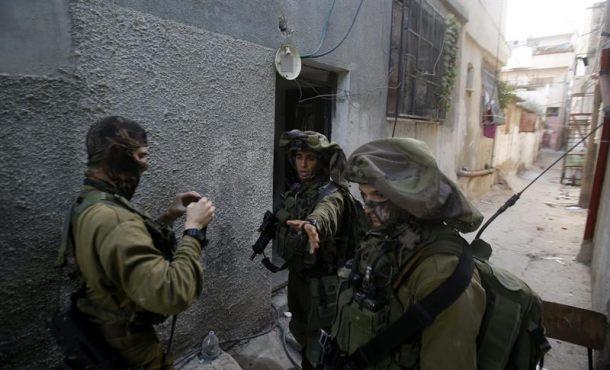 Israel bombardea objetivos militares en Gaza tras el lanzamiento de un cohete