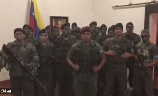 El asalto contra 'Fuerte Paramacay' en Valencia (Venezuela) de un muerto y un herido
