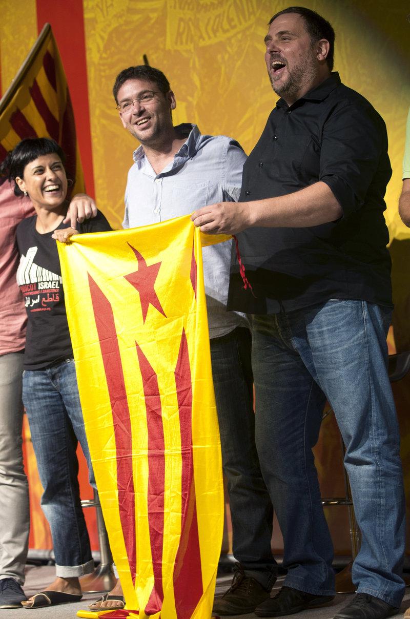 Podemos fulmina a su líder separatista catalán y este contrataca difundiendo documento secreto