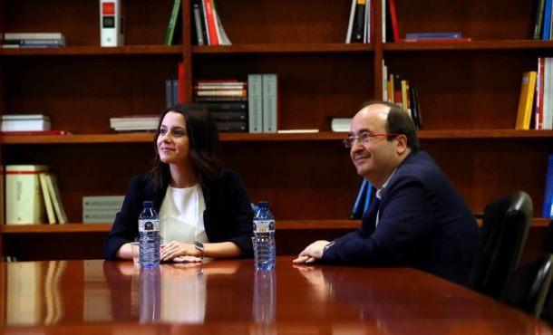 El PSC traslada a Arrimadas su rechazo a una moción de censura a Puigdemont