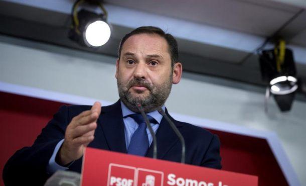 """El PSOE seguirá apoyando a Rajoy para """"preservar el Estado de Derecho con todo lo que comporta"""""""