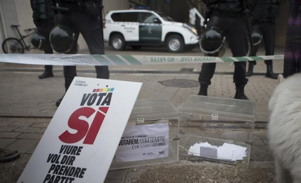 """37 alcaldes separatistas catalanes citados a declarar por el 1-O,""""si no comparecen serán detenidos"""""""