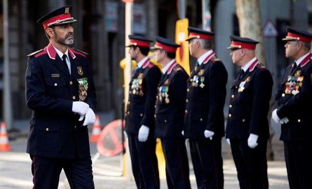 El nuevo Gobierno catalán cesa a Trapero, directos de Mozos de Escuadra con el 155 en Cataluña
