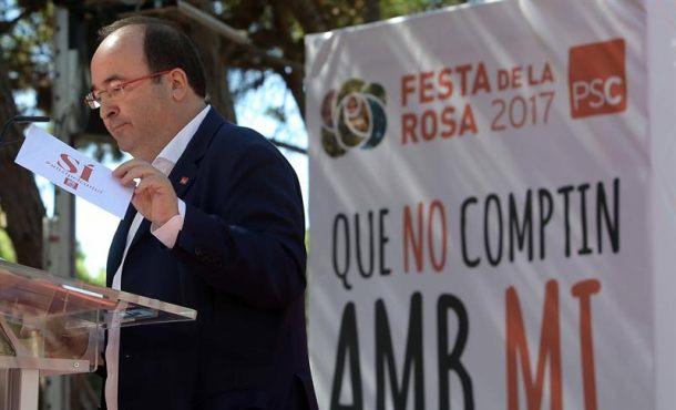 """El PSC llama a no participar el 1-O en el Referéndum, un """"montaje"""" y que divide a los catalanes"""