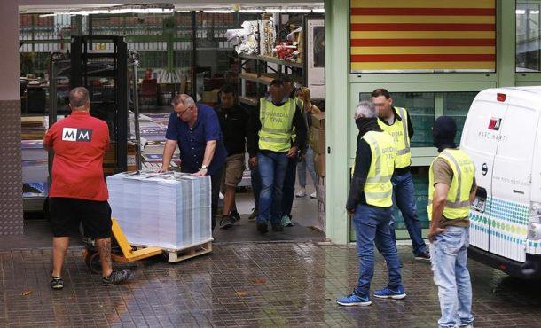 La Guardia Civil requisa material electoral para el 1-O ilegal en Moncada y Reixach (Barcelona)