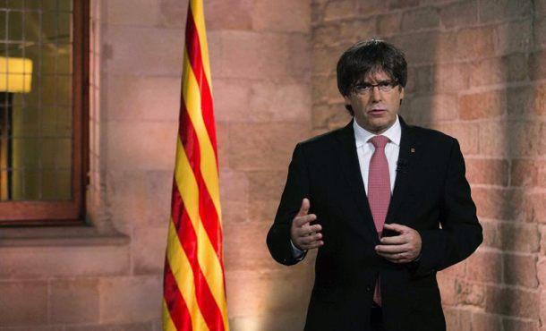 """Puigdemont: """"Sólo el Parlamento catalán me puede inhabilitar"""""""