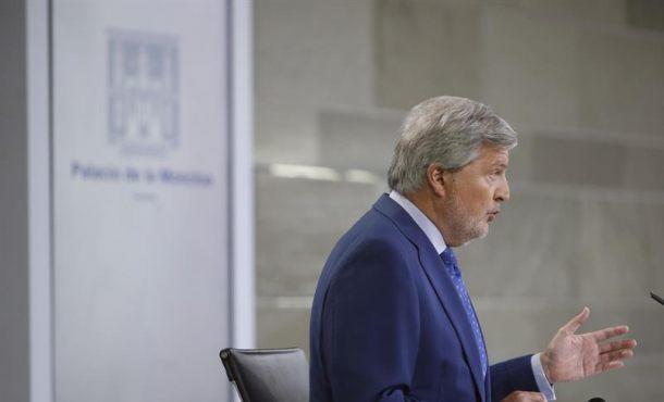 """Gobierno:Puigdemont debe """"explicar"""" por qué negó la existencia del """"aviso de la CIA"""""""