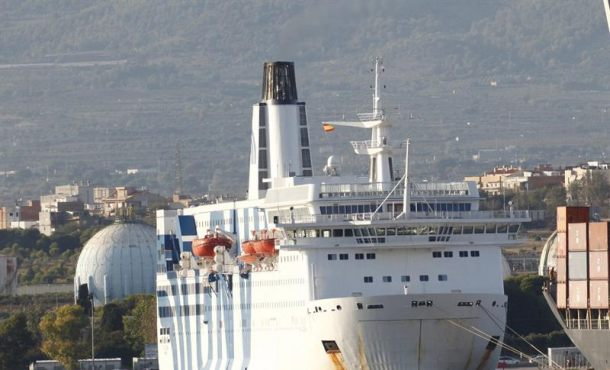 Puigdemont no permite atracar a un ferri del Estado Palamós (Gerona) por falta de espacio